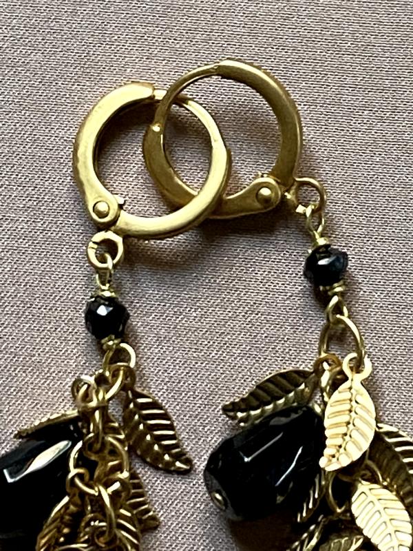 Dettaglio orecchini